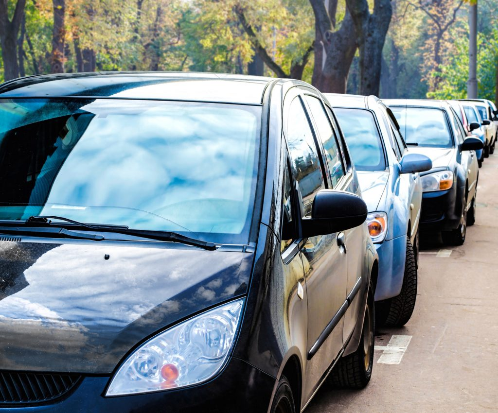 parallel park cars